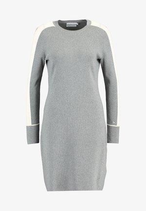DRESS - Vestido de punto - grey