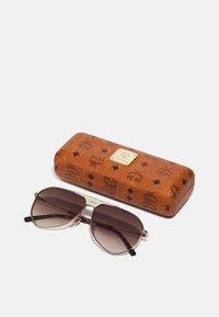 MCM - UNISEX - Sunglasses - shiny gold - 3