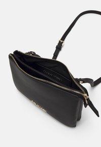 Calvin Klein - CROSSBODY DOUBLE - Torba na ramię - black - 2