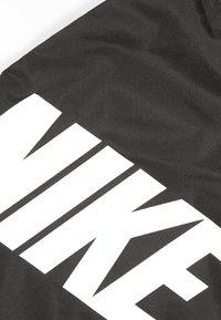 Nike Sportswear - UNISEX - Sportovní taška - black/black/hyper crimson - 2