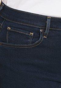 Levi's® Plus - 724 PL HR STRAIGHT - Straight leg jeans - dark blue denim - 3