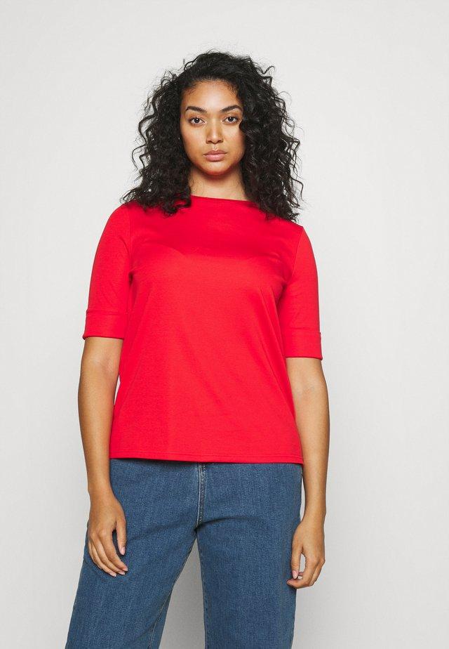 JUDY ELBOW SLEEVE - Basic T-shirt - bright hibiscus