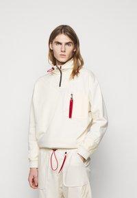 HUGO - DAMBOO - Sweatshirt - natural - 0