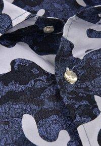 CODE | ZERO - Shirt - mottled grey - 2