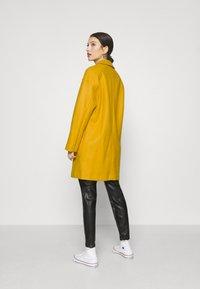 Topshop - Classic coat - mustard - 2