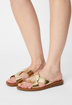 REALM - Mules - gold