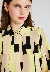 Monki - DAMIRA SHIRTDRESS - Košilové šaty - tornpaper - 5
