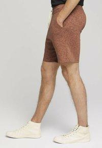 TOM TAILOR DENIM - Shorts - orange lobster black melange - 3