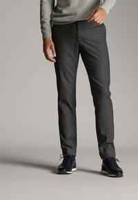 Massimo Dutti - Spodnie materiałowe - dark grey - 0