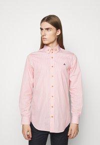Vivienne Westwood - KRALL UNISEX - Shirt - red stripe - 0