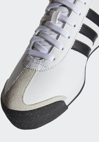 adidas Originals - SAMOA - Sneakers basse - white/black - 5