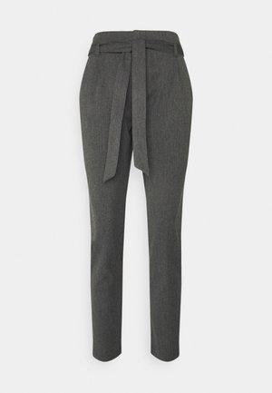 VMMIYA LOOSE TIE PANT - Trousers - medium grey melange