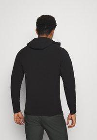 Patagonia - TECHFACE HOODY - Fleece jacket - black - 2