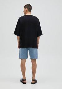 PULL&BEAR - LOOSE - T-Shirt basic - black - 2