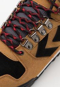 Hummel - NORDIC ROOTS FOREST MID UNISEX - Sneakersy wysokie - sierra - 5