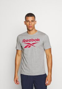 Reebok - STACKED TEE - T-shirts print - medium grey heather - 0