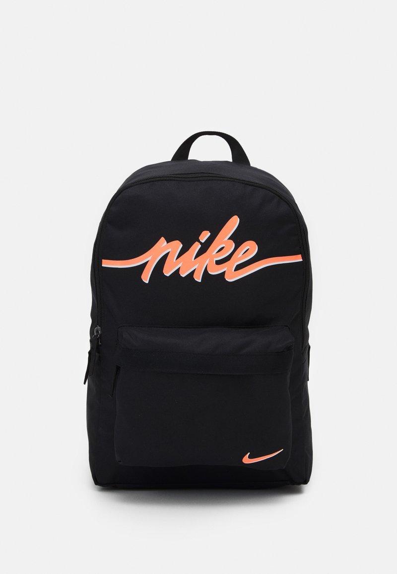Nike Sportswear - HERITAGE 2.0 - Rucksack - black/bright mango