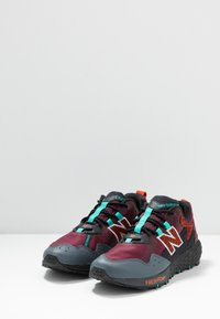 New Balance - FRESH FOAM CRAG - Løbesko trail - red - 2
