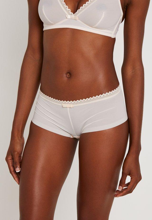 OXYGENE BOYSHORT - Pants - nude