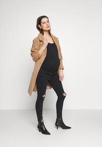 Balloon - SHORT SLEEVES WITH RUCHED SIDE - T-shirt basic - black - 1