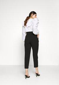 ONLY Petite - ONLSURI AINA PANTS - Kalhoty - black - 2