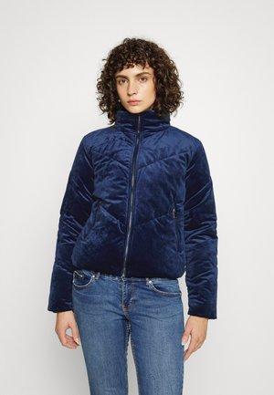 VMVELVET - Winter jacket - peacoat
