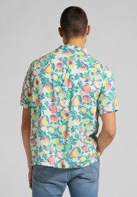 Lee - RESORT - Shirt - fairway - 2