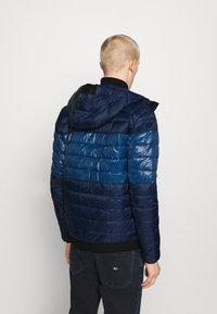 Calvin Klein - HOODED JACKET - Light jacket - blue - 2