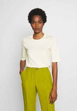 ROUND NECK CLASSIC TEE - T-shirt basic - clusi