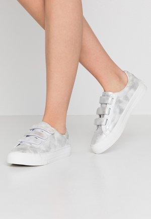ARCADE STRAPS - Trainers - white