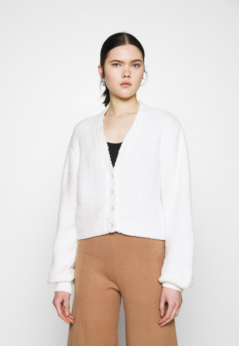 Nly by Nelly - CROPPED FUZZY  - Cardigan - white