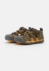 Keen - SEACAMP II CNX UNISEX - Walking sandals - military olive/saffron - 1