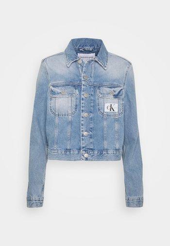 CROP TRUCKER - Denim jacket - light blue