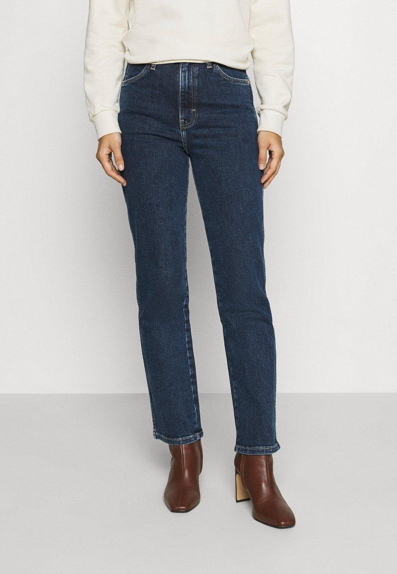 Wrangler - WILD WEST - Straight leg jeans - canyon lake