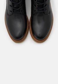 Marc O'Polo - BRENDA - Šněrovací kotníkové boty - black - 5