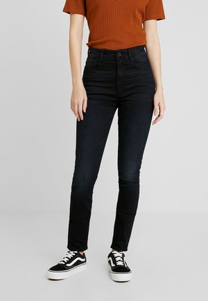 KAFEY ULTRA HIGH SKINNY - Jeans Skinny Fit - worn in blue storm