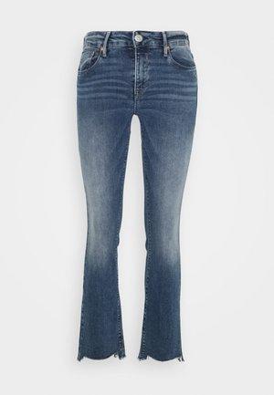 SUPER BOOT CROPPED STRETCH - Bootcut jeans - mezzo
