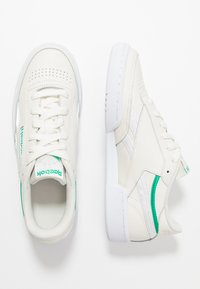 Reebok Classic - CLUB C 85 - Trainers - chalk/green/white - 3