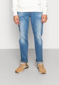 G-Star - 3301 STRAIGHT FIT - Straight leg jeans - azure stretch denim - 0