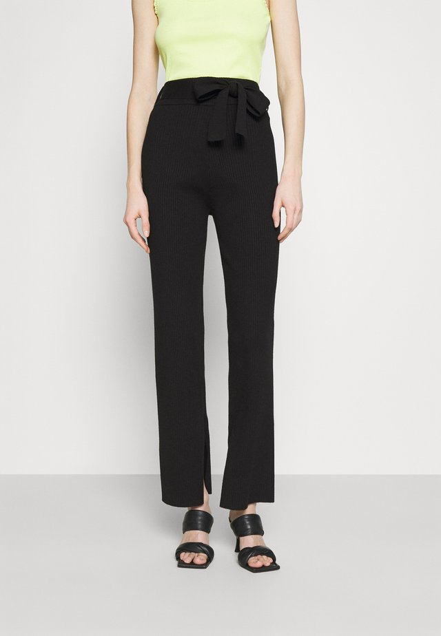 AMY TROUSER - Trousers - black