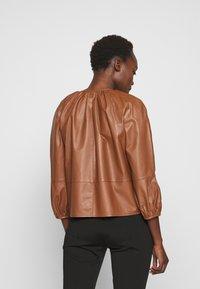 MAX&Co. - DEPONGO - Veste en cuir - brown - 2