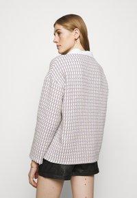 maje - VIDO - Lehká bunda - ecru/parme - 2