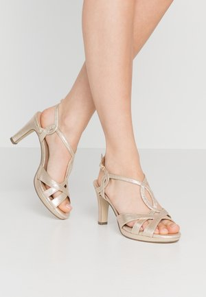 High heeled sandals - even rose