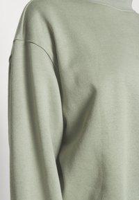 Weekday - AMAZE  - Sweatshirt - sage green - 4
