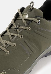 Mammut - ULTIMATE PRO LOW GTX MEN - Hiking shoes - dark olive - 4