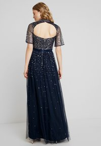 Maya Deluxe - HIGH NECK MAXI DRESS WITH OPEN BACK AND SCATTERED SEQUIN - Galajurk - navy