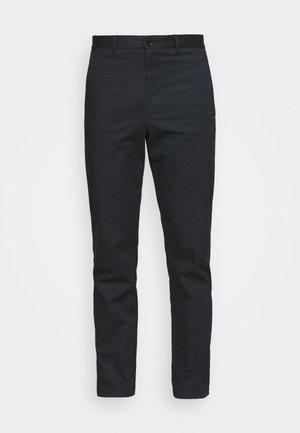 MARCUS LIGHT TWILL TROUSERS - Chino kalhoty - black