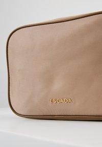 Escada Sport - CROSSBODY - Taška spříčným popruhem - beige - 5