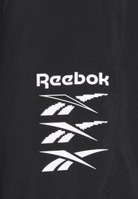 Reebok - EPIC LIGHTWEIGHT SHORT - Short de sport - black - 2