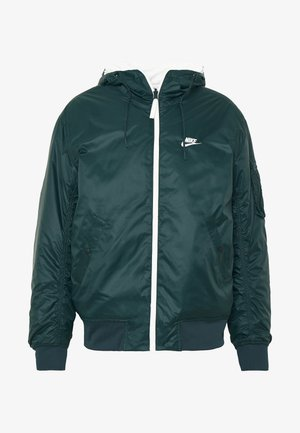 M NSW HE WR JKT HD REV INSLTD - Light jacket - seaweed/sail/thermal green